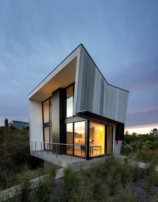 Beach-Hampton-House-by-Bates-Masi-Architects-01