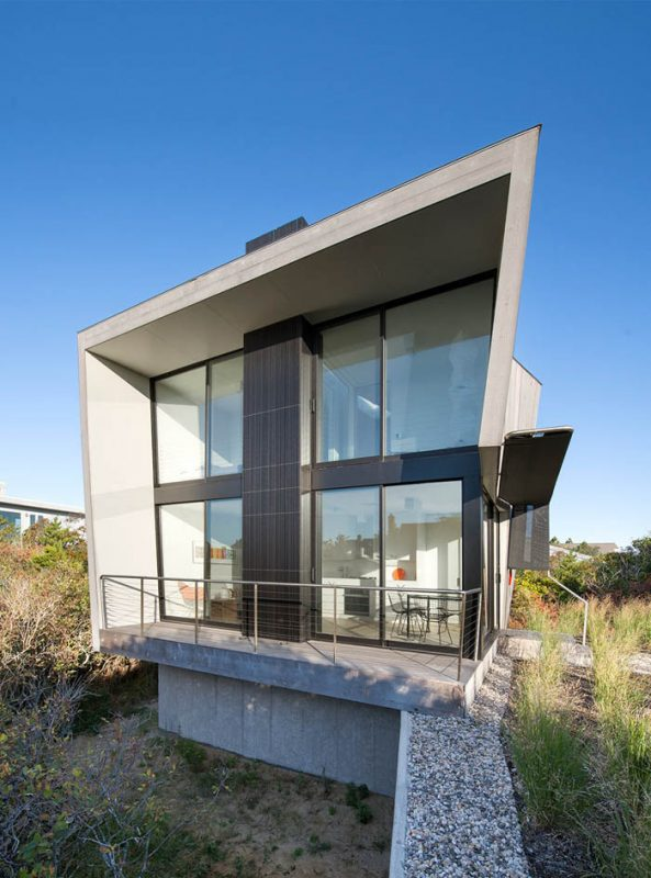 Beach-Hampton-House-by-Bates-Masi-Architects-03