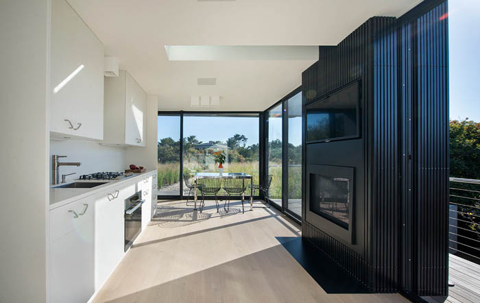 Beach-Hampton-House-by-Bates-Masi-Architects-04