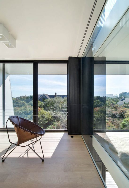 Beach-Hampton-House-by-Bates-Masi-Architects-06