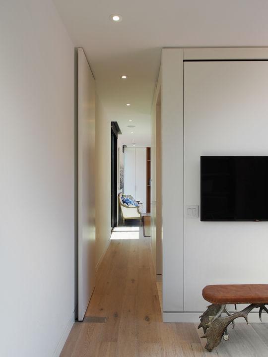 c9_cabin-hall