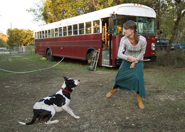 rbz-school-bus-living-16