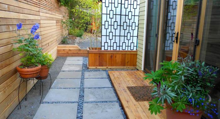 susan-morays-adu-courtyard