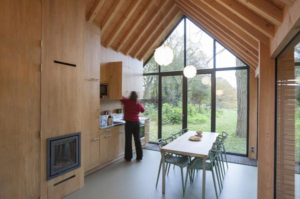 zecc-and-roel-van-norel-recreation-house-interior5