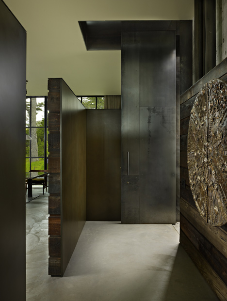 The-Pierre-by-Olson-Kundig-Architects_dezeen_8