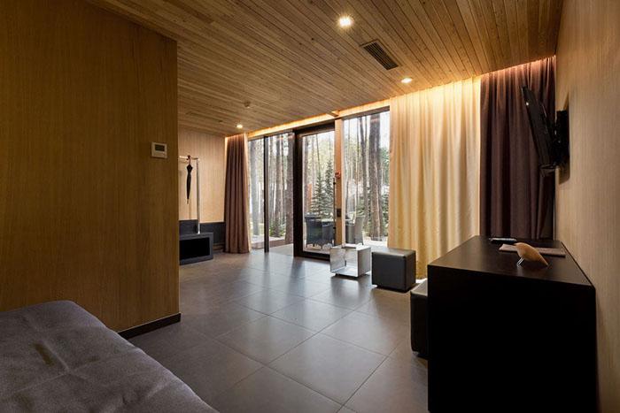 YOD-design-lab-guest-houses-in-relax-park-verholy-ukraine-designboom-06