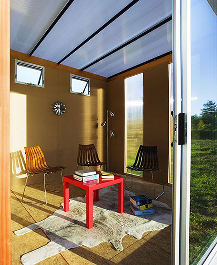 """10+ """"shedquarters"""" bring the home office to your backyard"""